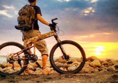 Hao-En Wang Montague Foldin Bike ridemontague contest