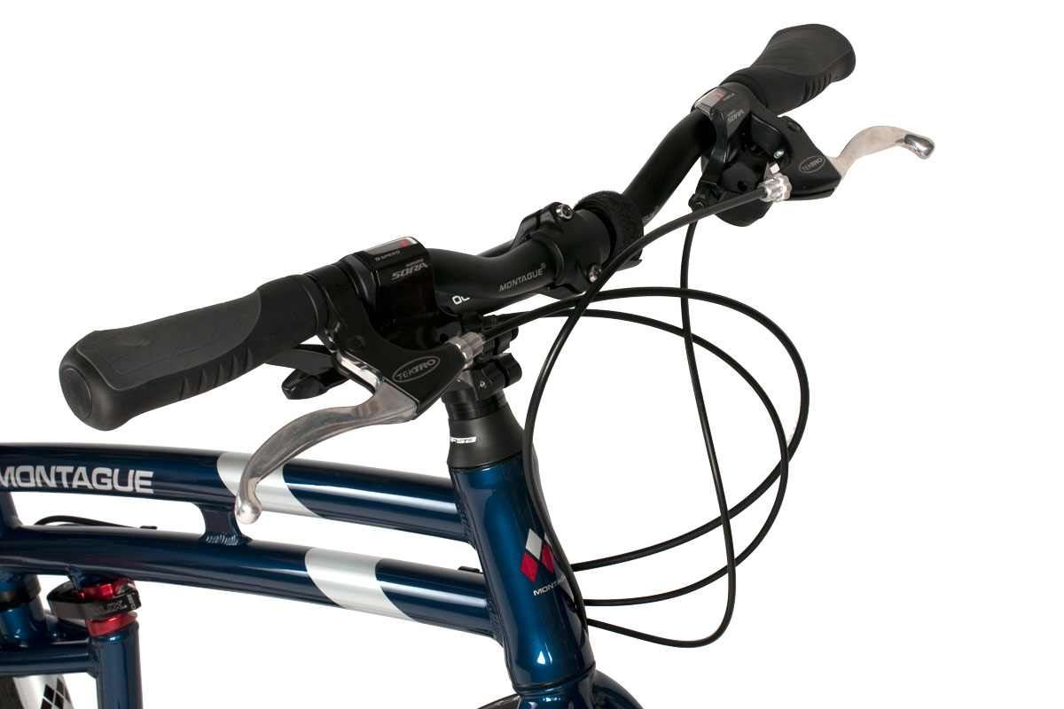 Navigator-handlebars-and-levers-closeup