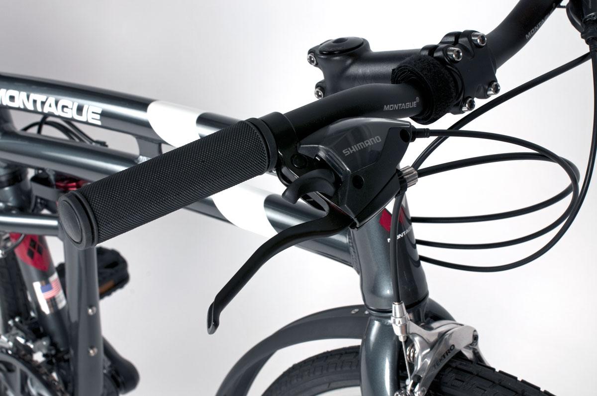 Urban-handlebar-and-levers-closeup