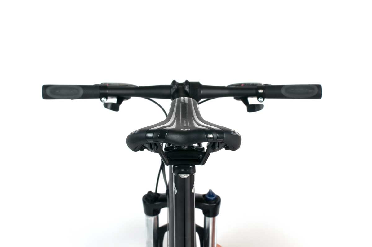 Para-Pro-Bike-from-Rear-Detail